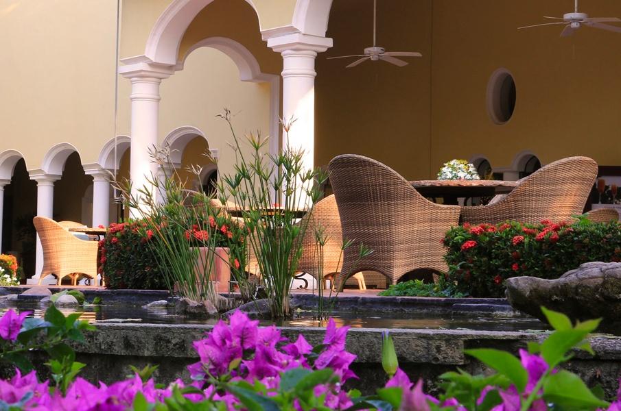 Contact in Casa Velas Hotel, Puerto Vallarta