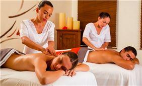 Sample Image - Couple Massage