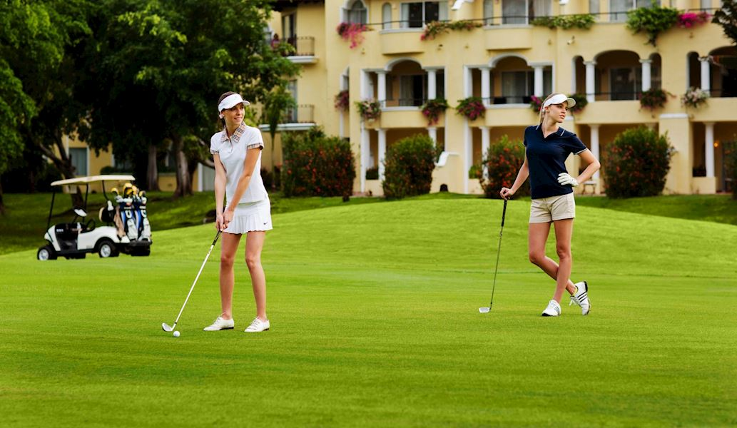 Couples Golf and spa in casa velas hotel puerto vallarta
