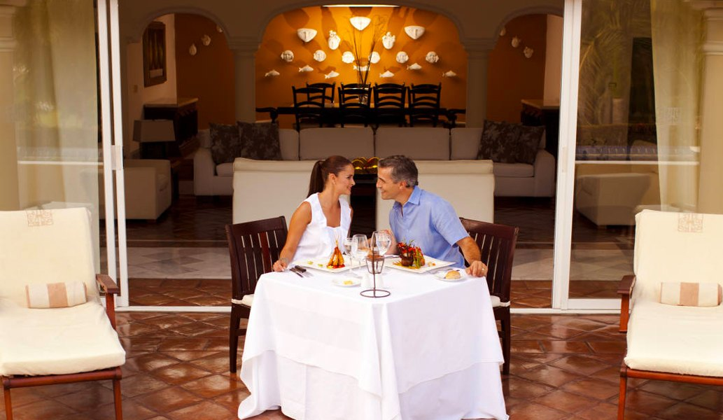 Casa Velas Hotel, Puerto Vallarta offers Presidential Suites Intimate Wedding Experience